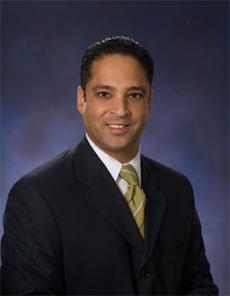 Dr. Villalona